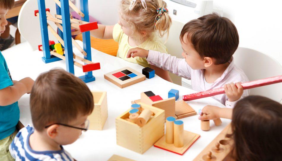 foto bambini che giocano