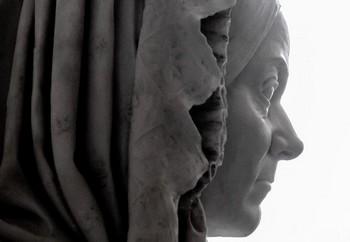 busto di clara leardi - ph marco coppo