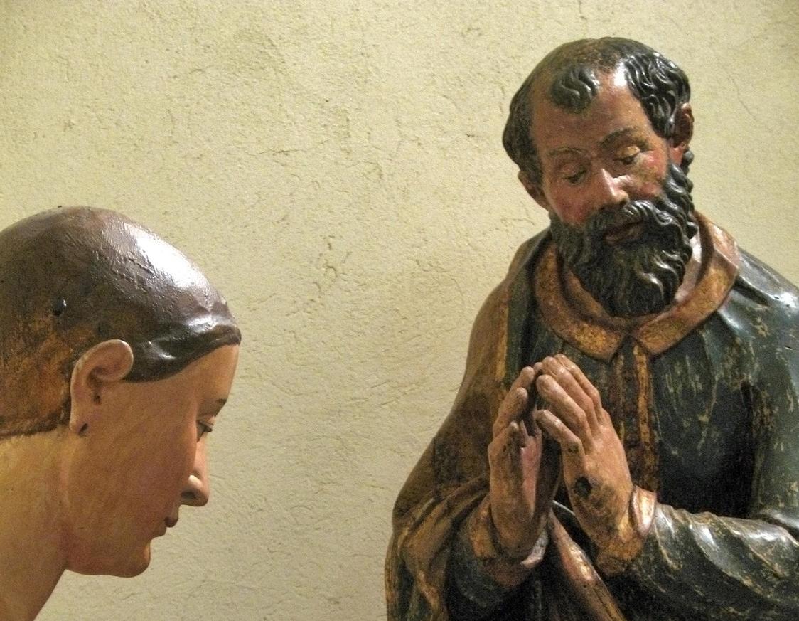 particolare statua lignea san giuseppe