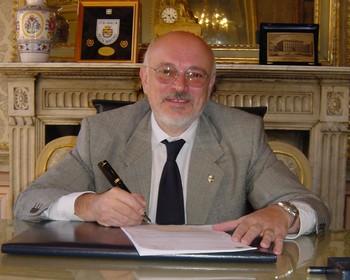 l'ex sindaco Paolo Mascarino