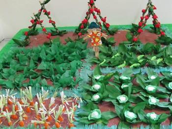 un plastico realizzato dalle scuole