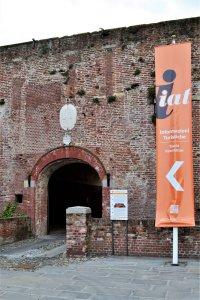 l'ingresso dello iat al castello